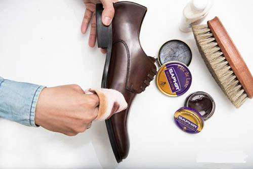 Cách cất giữ và bảo quản giày da