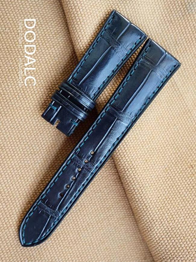 Dây đồng hồ handmade da cá sấu nguyên con 026màu xanh Blue